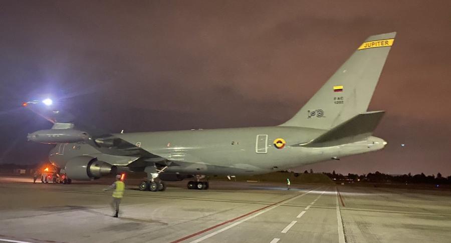 Avión FAC 1202 traerá colombianos de China