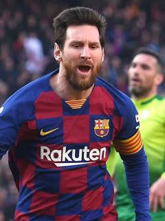 [Video] Messi marca 4 goles y su rival, rendido a sus pies, termina aplaudiéndolo