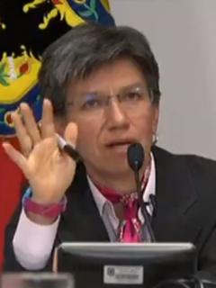 Claudia López en la  Asamblea Universitaria