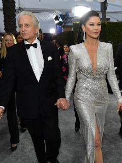 Michael Douglas, actor y productor, y su esposa Catherine Zeta-Jones, actriz.