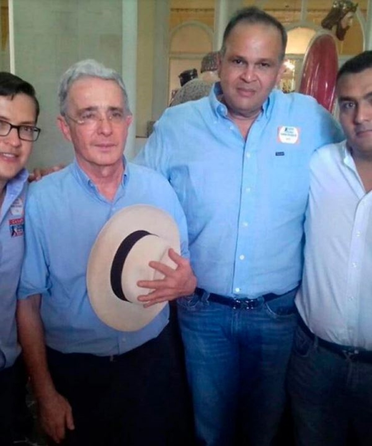 Álvaro Uribe explica trino por asesinato del 'Ñeñe' Hernández