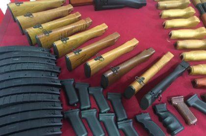 Armamento de Bogotá a Caracas