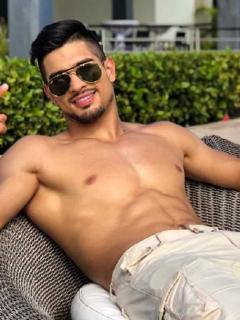 Juan David Aldana, actor, modelo y deportista, y Marilyn Oquendo, cantante e 'influencer'.
