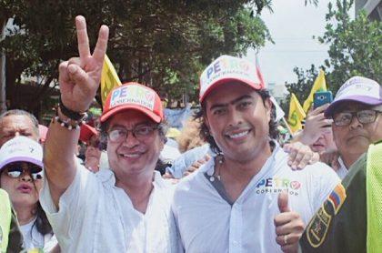 Gustavo y Nicolás Petro reaccionaron a llegada del Coronavirus.