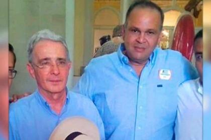 Álvaro Uribe explica foto con ´Ñeñe' Hernández