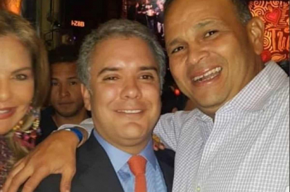 Foto de Iván Duque con el 'Ñeñe' Hernández
