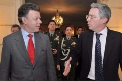 Álvaro Uribe habla de Santos y Odebrecht