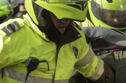 Policías implicados en robo a comerciante en Bogotá