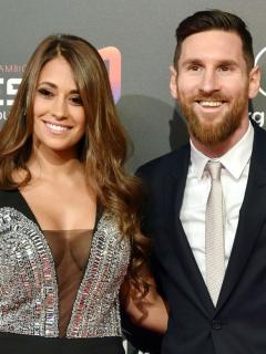 Lionel Messi, futbolista, con su esposa, Antonela Rocuzzo.