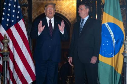Bolsonaro y Trump, bajo control médico por coronavirus
