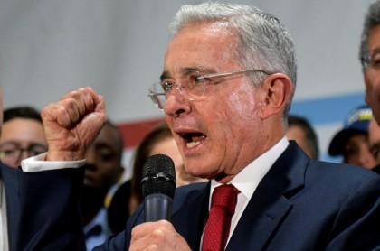 Álvaro Uribe pide pruebas en caso 'Ñeñe' Hernández