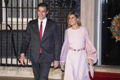 Pedro Sánchez, primer ministro español, y su esposa Maria Begoña Gómez.