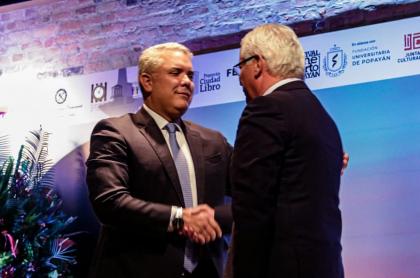 Iván Duque y Juan Carlos López