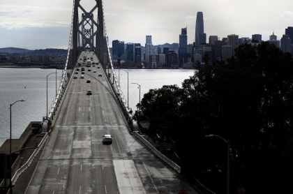 Puente de San Francisco, California, en cuarentena por pandemia de coronavirus COVID-19