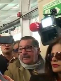 Presidente Duque y periodistas.