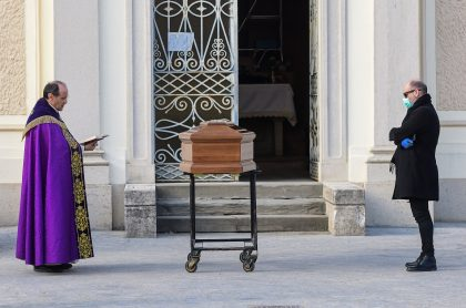 Funeral en Italia por coronavirus