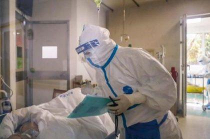Examen de coronavirus a un paciente