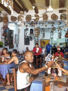 Restaurantes en Colombia en crisis por COVID-19.