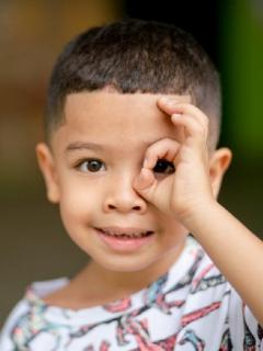 Niño beneficiado por Fundación Éxito