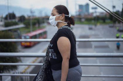 Colombiana durante la pandemia de coronavirus COVID-19