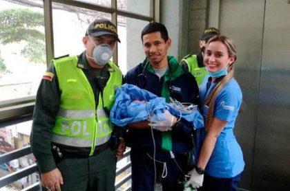 Mujer dio a luz en Metro de Medelllín