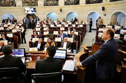 Lidio García cita a sesiones al Congreso el 13 de abril