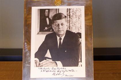 Retrato de John Fitzgerald Kennedy (JFK)