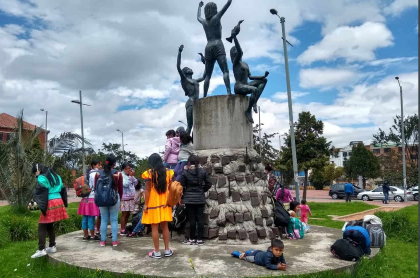Comunidades indígenas en Parque Tercer Milenio