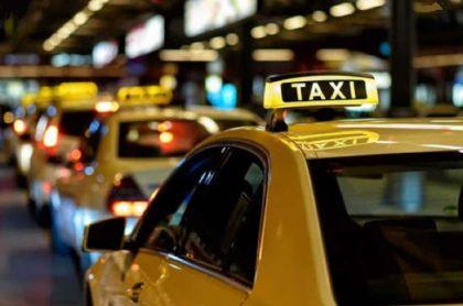 Taxista deberán llevar reporte de pasajeros por coronavirus en Bogotá