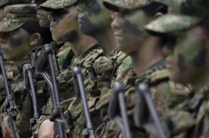 Extienden servicio militar y de Policía en Colombia