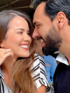 Laura de León, actriz, y Salomón Bustamante, presentador.