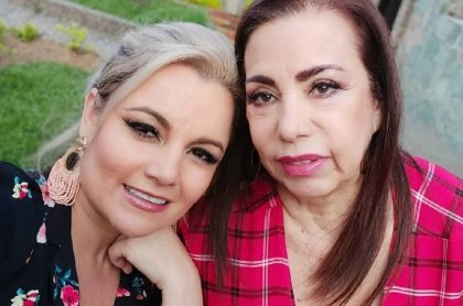 Lina Barrientos y Fabiola Calle, cantante de Las hermanitas Calle.