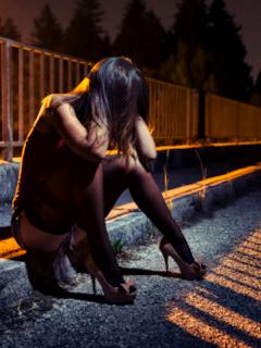 Hallan muerta en Bolivia a una prostituta transexual de 19 años en la habitación de un hotel. Su último cliente es el principal sospechoso.