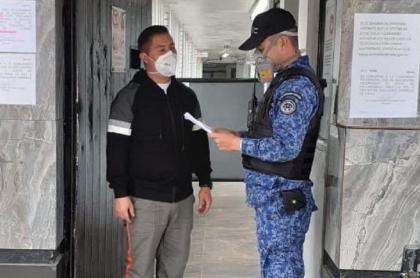 Primeros presos excarcelados por emergencia carcelaria durante la pandemia de COVID-19