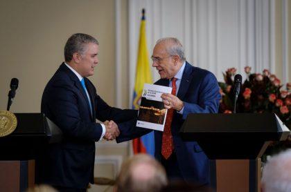 Iván Duque y Ángel Gurría, secretario general de la OCDE