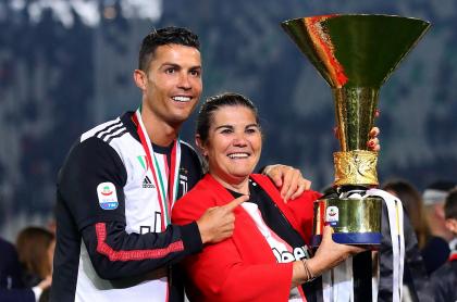 Cristiano-Ronaldo-y-su-mamá