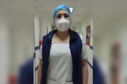 Enfermera denuncia agresión.