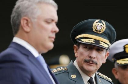 Entrevista a general Nicacio Martínez sobre 'chuzadas' del Ejército