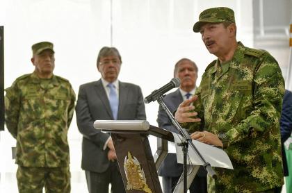 Fiscalía cita a interrogatorio al general Nicacio Martínez