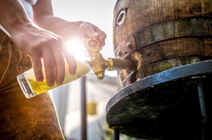 Cervecera alemana regala 700 litros de cerveza.