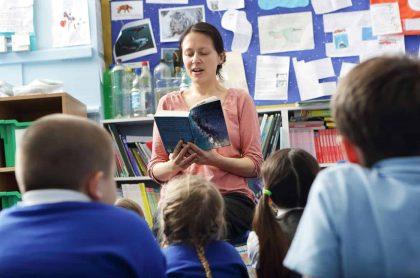 Prestarán plata a padres colgados con la pensión de sus hijos en colegios privados.