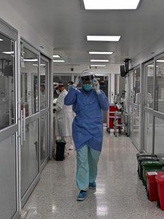 Clínica Corpas de Bogotá en referencia a la nota sobre médicos piden alerta roja en Colombia por aumento de casos