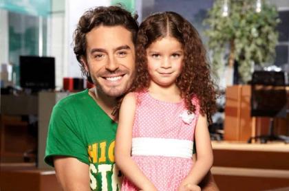 Juan Pablo Espinosa y Hillary Vergara, actores.