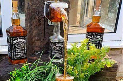 Fuente de whiskey.