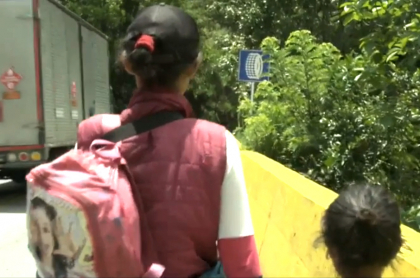Venezolanos regresan a su país.