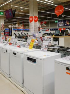 Tres días sin IVA: almacenes estarían subiendo precios de los productos.