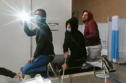 Trabajadores de la salud de UCI Corferias, en Tiktok