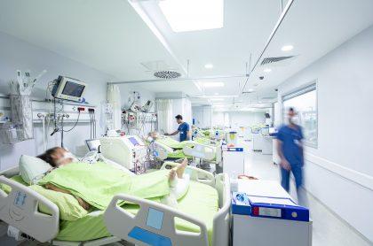Unidad cuidados intensivos