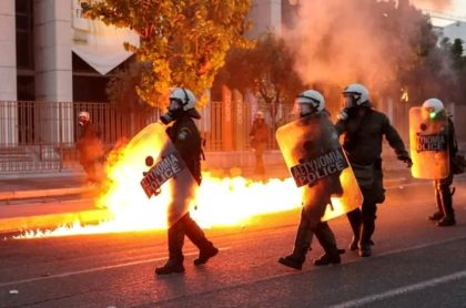 Grecia ardió con muerte de George Floyd.