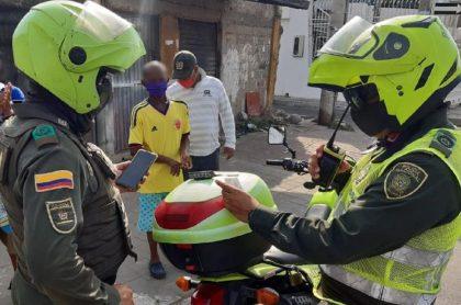 Policía muere en Barranquilla al parecer por coronavirus